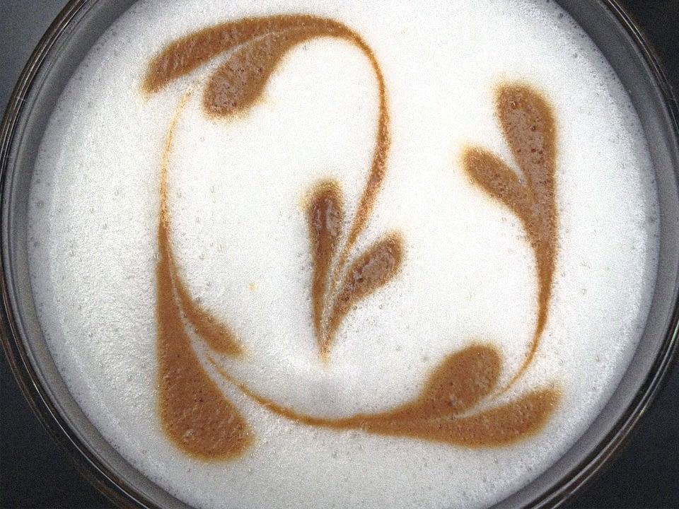 Kaffeecatering mit Firmenlogo.